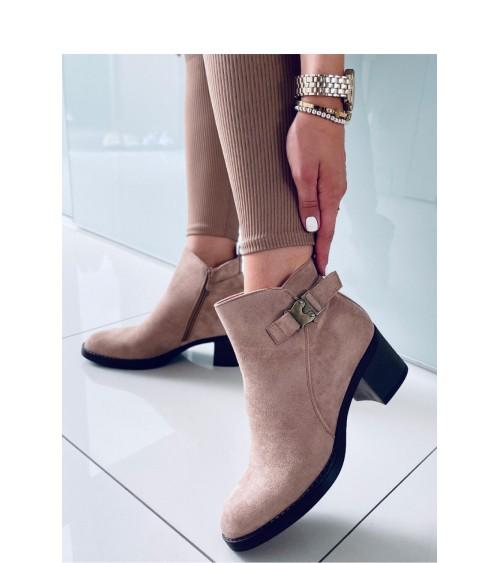 Sweter Damski Model 70036 Red - PeeKaBoo